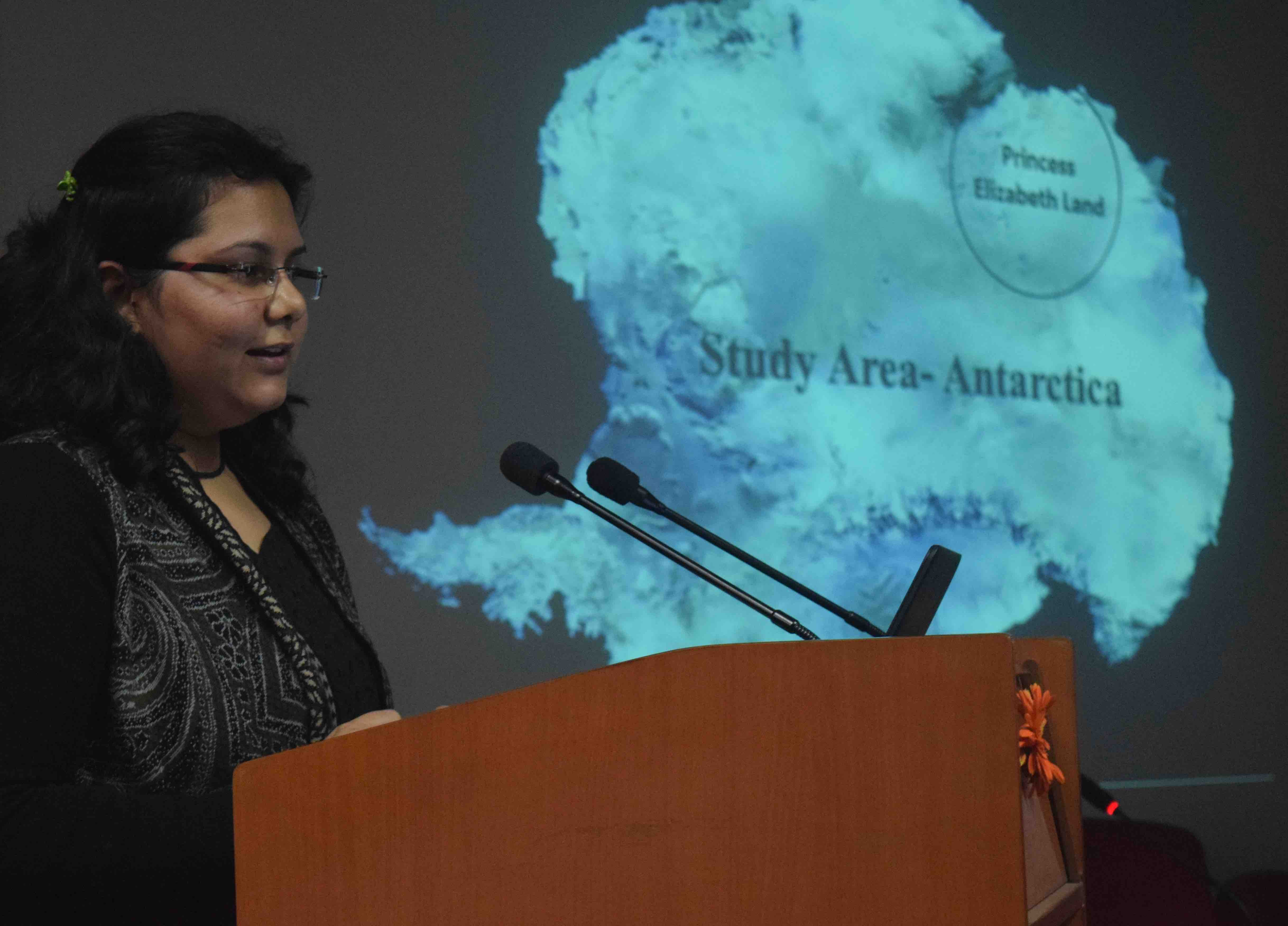 Pic 1 Devsamridhi introducing her research in Antarctica copy